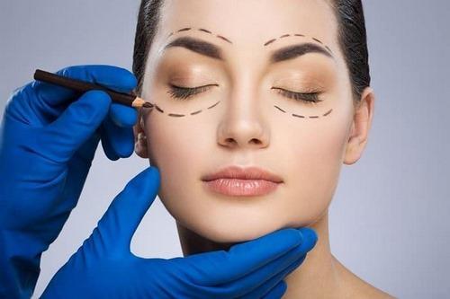 متخصص جراحی زیبایی پلک