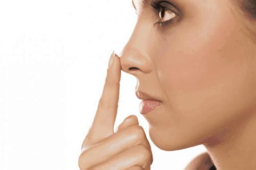 عوارض جراحی زیبایی بینی گوشتی