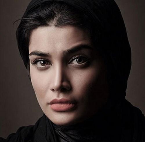 تینا اخوند تبار بازیگر مطرح ایرانی